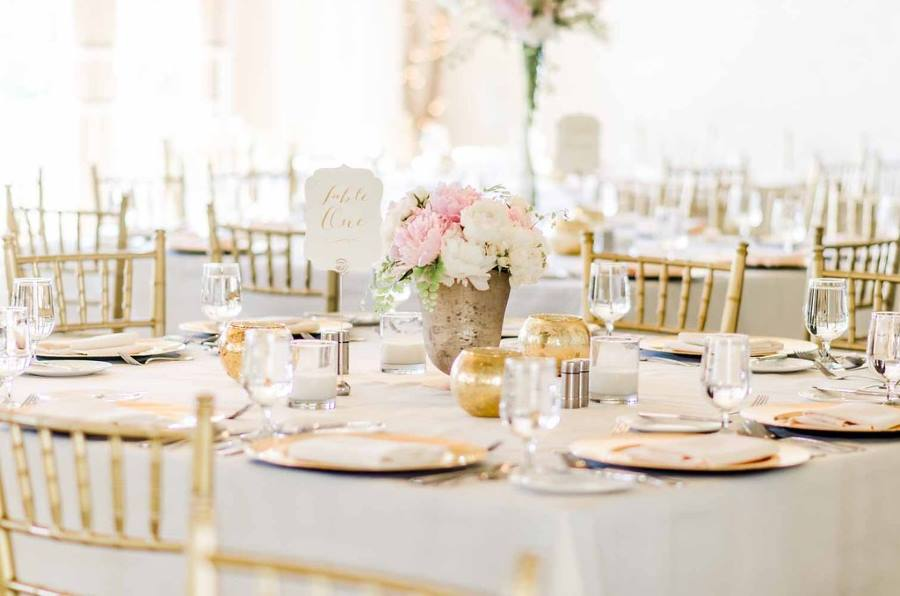 Gold Pink and White Tablescapes
